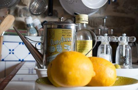 Aceite Esencial de Limón: 10 Usos y Beneficios Sorprendentes